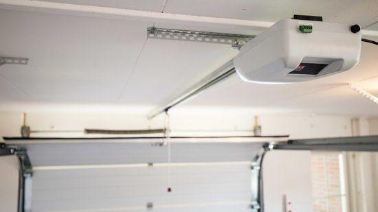 bestaande garagedeur elektrisch maken